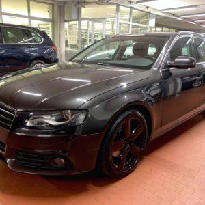 Audi  A4 Avant 2.0 TDI Autom. Navi -Pelle-Cerchi 18 -Gancio