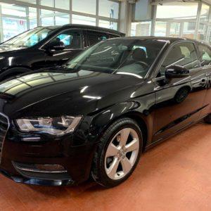 Audi  A3 1.6 TDI Ambition EURO 5B * 92.000 KM * 105 CV