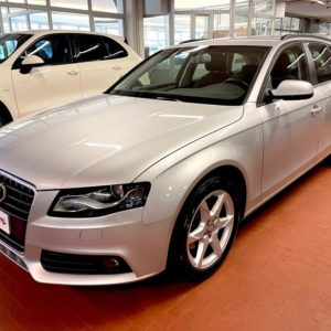 Audi  A4 Avant 2.0 TDI 143CV  *Euro 5*